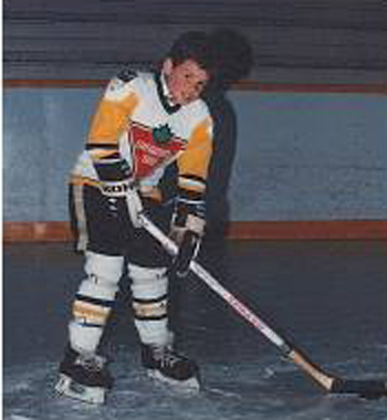 robhockeyplayercanadiantire